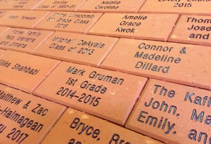 4x8 red engraved bricks